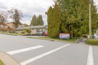 Photo 5: 263 ALLISON Street in Coquitlam: Coquitlam West House for sale : MLS®# R2365427