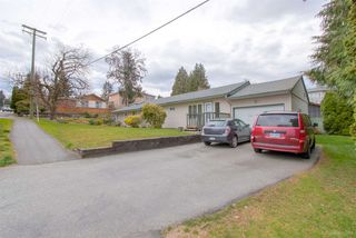 Photo 2: 263 ALLISON Street in Coquitlam: Coquitlam West House for sale : MLS®# R2365427