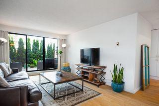 "Photo 2: 109 2450 CORNWALL Avenue in Vancouver: Kitsilano Condo for sale in ""The Ocean's Door"" (Vancouver West)  : MLS®# R2367921"