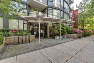 "Main Photo: 204 1428 W 6TH Avenue in Vancouver: Fairview VW Condo for sale in ""SIENNA OF PORTICO"" (Vancouver West)  : MLS®# R2370102"