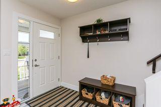 Photo 3: 7410 81 Avenue in Edmonton: Zone 17 House Half Duplex for sale : MLS®# E4158141