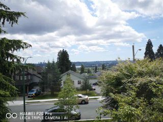 Photo 2: 947 DELESTRE Avenue in Coquitlam: Maillardville House 1/2 Duplex for sale : MLS®# R2375136