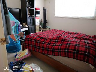 Photo 12: 947 DELESTRE Avenue in Coquitlam: Maillardville House 1/2 Duplex for sale : MLS®# R2375136