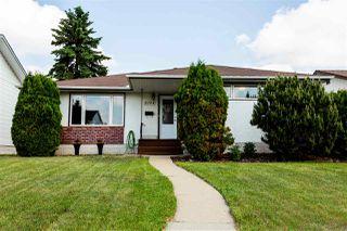 Photo 3: 5304 92 Avenue in Edmonton: Zone 18 House for sale : MLS®# E4161855