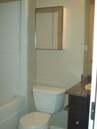 Photo 3: 2320 CASSELMAN Crescent in Edmonton: Zone 55 House Half Duplex for sale : MLS®# E4161908