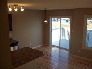 Photo 4: 2320 CASSELMAN Crescent in Edmonton: Zone 55 House Half Duplex for sale : MLS®# E4161908
