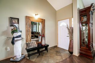 Photo 2: 451 REEVES Crest in Edmonton: Zone 14 House for sale : MLS®# E4163677