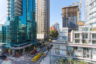 "Photo 13: 604 789 DRAKE Street in Vancouver: Downtown VW Condo for sale in ""CENTURY TOWER"" (Vancouver West)  : MLS®# R2426940"