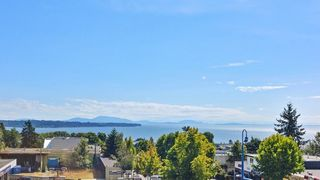 Photo 3: 311 15165 THRIFT Avenue: White Rock Townhouse for sale (South Surrey White Rock)  : MLS®# R2451066