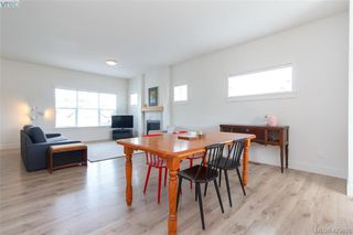 Photo 13: 363 Kestrel Street in : Co Royal Bay Single Family Detached for sale (Colwood)  : MLS®# 425810
