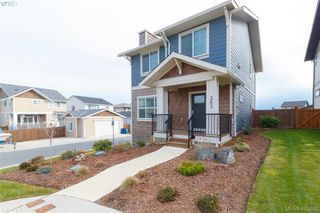 Photo 2: 363 Kestrel Street in : Co Royal Bay Single Family Detached for sale (Colwood)  : MLS®# 425810