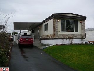 "Main Photo: 25 2035 MARTENS Street in Abbotsford: Poplar Manufactured Home for sale in ""Maplewood Estates"" : MLS®# F1108799"