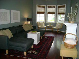 Photo 2: 281 Brooklyn Street in WINNIPEG: St James Residential for sale (West Winnipeg)  : MLS®# 1112514