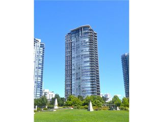 """Photo 1: 3201 455 BEACH Crescent in Vancouver: Yaletown Condo for sale in """"Park West One"""" (Vancouver West)  : MLS®# V914274"""