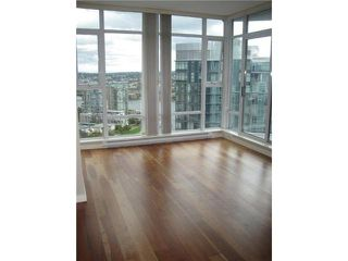 """Photo 7: 3201 455 BEACH Crescent in Vancouver: Yaletown Condo for sale in """"Park West One"""" (Vancouver West)  : MLS®# V914274"""