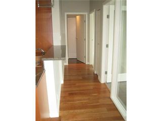 """Photo 5: 3201 455 BEACH Crescent in Vancouver: Yaletown Condo for sale in """"Park West One"""" (Vancouver West)  : MLS®# V914274"""