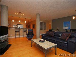 Photo 2: 116 5316 Sayward Hill Crescent in VICTORIA: SE Cordova Bay Condo Apartment for sale (Saanich East)  : MLS®# 303385