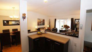 Photo 10: 52 Zawaly Bay in Winnipeg: Transcona Residential for sale (North East Winnipeg)  : MLS®# 1221823