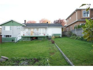 Photo 15: 3845 REGENT Street in Burnaby: Central BN House for sale (Burnaby North)  : MLS®# V1033173