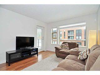 "Photo 3: 310 1679 LLOYD Avenue in North Vancouver: Pemberton NV Condo for sale in ""DISTRICT CROSSING"" : MLS®# V1041966"