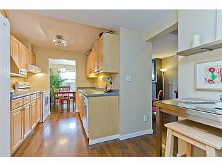 "Photo 7: 1072 LILLOOET Road in North Vancouver: Lynnmour Townhouse for sale in ""LILLOOET PLACE"" : MLS®# V1048162"