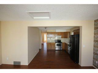 Photo 9: 86 TARAGLEN Road NE in CALGARY: Taradale Residential Detached Single Family for sale (Calgary)  : MLS®# C3613863