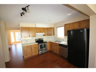 Photo 7: 86 TARAGLEN Road NE in CALGARY: Taradale Residential Detached Single Family for sale (Calgary)  : MLS®# C3613863