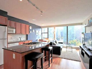 Photo 3: 1508 1723 ALBERNI Street in Vancouver: West End VW Condo for sale (Vancouver West)  : MLS®# V1088965