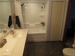 Photo 12: 962 Lemay Avenue in WINNIPEG: Fort Garry / Whyte Ridge / St Norbert Residential for sale (South Winnipeg)  : MLS®# 1500982