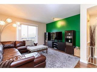 Photo 3: 33 7348 192A Street in Surrey: Clayton Townhouse for sale (Cloverdale)  : MLS®# F1430504