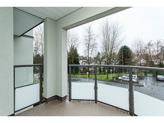 """Photo 4: 209 99 BEGIN Street in Coquitlam: Maillardville Condo for sale in """"LE CHATEAU"""" : MLS®# V1111410"""