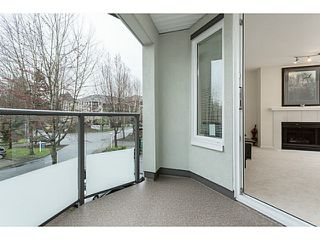"""Photo 5: 209 99 BEGIN Street in Coquitlam: Maillardville Condo for sale in """"LE CHATEAU"""" : MLS®# V1111410"""