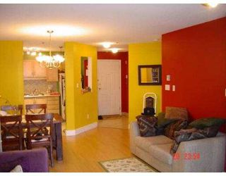 "Photo 2: 2335 WHYTE Ave in Port Coquitlam: Central Pt Coquitlam Condo for sale in ""CHANCELLOR COURT"" : MLS®# V612891"