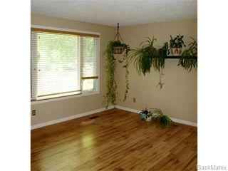 Photo 2: 52 PRICE Crescent in Regina: Walsh Acres Single Family Dwelling for sale (Regina Area 01)  : MLS®# 540194