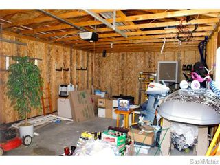 Photo 25: 52 PRICE Crescent in Regina: Walsh Acres Single Family Dwelling for sale (Regina Area 01)  : MLS®# 540194