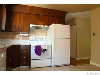 Photo 7: 52 PRICE Crescent in Regina: Walsh Acres Single Family Dwelling for sale (Regina Area 01)  : MLS®# 540194