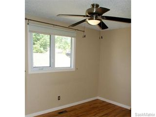 Photo 13: 52 PRICE Crescent in Regina: Walsh Acres Single Family Dwelling for sale (Regina Area 01)  : MLS®# 540194