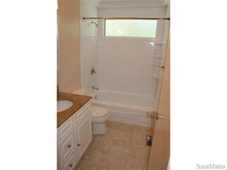 Photo 17: 52 PRICE Crescent in Regina: Walsh Acres Single Family Dwelling for sale (Regina Area 01)  : MLS®# 540194