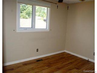 Photo 12: 52 PRICE Crescent in Regina: Walsh Acres Single Family Dwelling for sale (Regina Area 01)  : MLS®# 540194