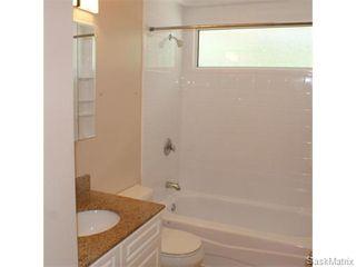 Photo 15: 52 PRICE Crescent in Regina: Walsh Acres Single Family Dwelling for sale (Regina Area 01)  : MLS®# 540194