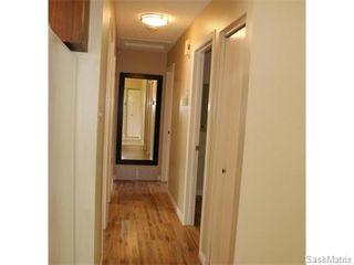 Photo 9: 52 PRICE Crescent in Regina: Walsh Acres Single Family Dwelling for sale (Regina Area 01)  : MLS®# 540194