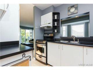 Photo 8: 302 1039 Caledonia Ave in VICTORIA: Vi Central Park Condo for sale (Victoria)  : MLS®# 710816