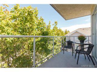 Photo 14: 302 1039 Caledonia Ave in VICTORIA: Vi Central Park Condo for sale (Victoria)  : MLS®# 710816