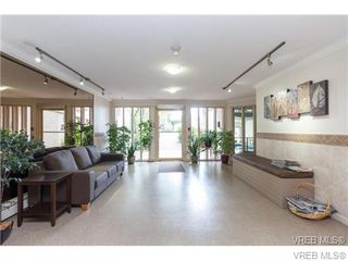 Photo 6: 325 3225 Eldon Pl in VICTORIA: SW Rudd Park Condo for sale (Saanich West)  : MLS®# 720755