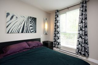 "Photo 11: 106 12075 228 Street in Maple Ridge: East Central Condo for sale in ""RIO"" : MLS®# R2058586"