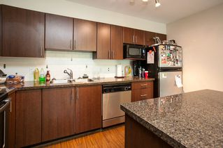 "Photo 3: 106 12075 228 Street in Maple Ridge: East Central Condo for sale in ""RIO"" : MLS®# R2058586"