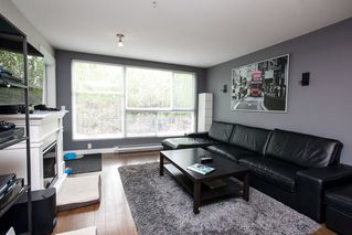 "Photo 10: 106 12075 228 Street in Maple Ridge: East Central Condo for sale in ""RIO"" : MLS®# R2058586"