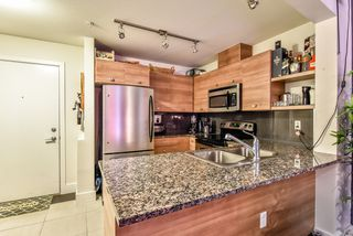 Photo 7: 213 6688 120 Street in Surrey: West Newton Condo for sale : MLS®# R2073002
