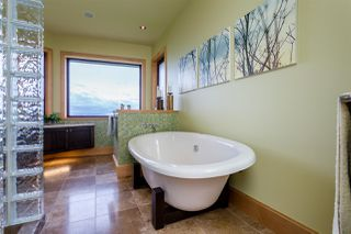 Photo 9: 14320 MARINE Drive: White Rock House for sale (South Surrey White Rock)  : MLS®# R2082712