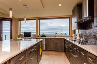 Photo 5: 14320 MARINE Drive: White Rock House for sale (South Surrey White Rock)  : MLS®# R2082712